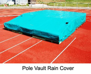 The pole vault rain cover is made from water proof PVC. It prevents the mat from getting wet during rain or watering. It is available in different sizes