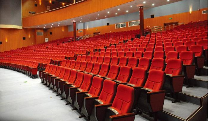 teater&audi_teater_red